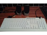 PC speakers and keyboard
