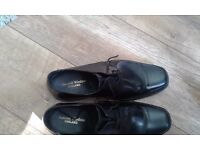 2 Pair of Mens Leather shoes