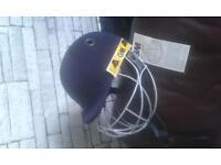 New gm icon geo senior helmet