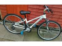 Brand new ladies hybred mountian bike. Brand new out the box