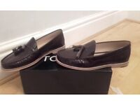 Mens Topman Tassel Loafers Size 9 **(NEW)** BROWN