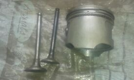 pitbike piston n valves 25 gn125 bits 20 cash sale just sitting here covering dust