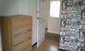Double room to rent in Bury