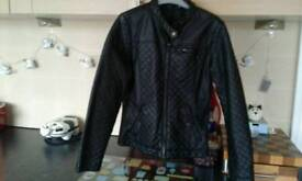 Girl coat 11/12....Good condition. Also many other cloths hardly worn
