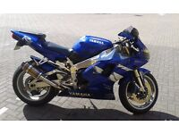 YAMAHA R1 4X CARB ( W REG 2000 ) MOT AND SERVICE HISTORY BLUE