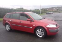 RENAULT MEGANE 1.5 DYNAMIQUE 1.5 DCI DIESEL .TOURER /ESTATE .MET RED PAINT /BLACK CLOTH INTERIOR