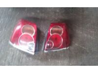 Genuine 2003-2009 Toyota avensis D4D saloon T-spirit rear tail lights (clear)