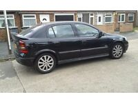 Vauxhall Astra 1.8 SRI. Black, Petrol, 5 Speed Manual