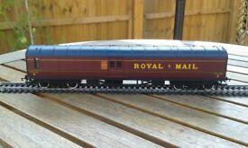 OO gauge Hornby working Royal Mail coach