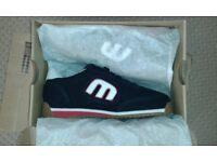 BRAND NEW & BOXED - ETNIES LOW-CUT II LS TRAINERS