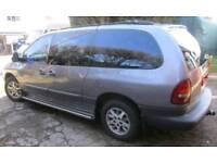 1998 Chrysler Grand Voyager LE Auto