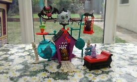 Monster High secret creeper crept playset