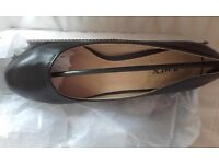 Shoes black 2 pairs size 5. Everyday shoes