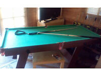 Easy store snooker table