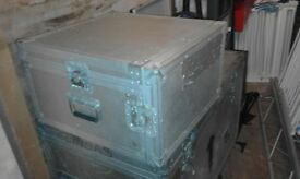 silver 5 star flight case with adjustable tilting rack for mixer