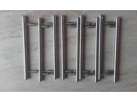 9 Kitchen unit handles
