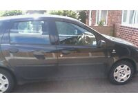 Black Fiat punto, 5 door, 04 plate, no MOT as ran out in april, £140