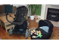 Mamas and Papas Zoom Pushchair and Carrycot