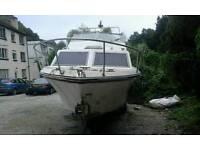 Boat cabin cruiser 22 ft