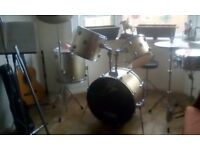 drum kit, five piece and stool and 3 sets drum sticks