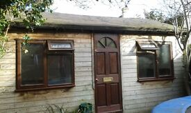 Summer house in garden to rent as a studio or office space or storage