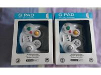 Wii G Pad/Game Cube Controller x 2.