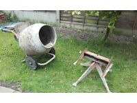 belle 240v cement mixer & stand