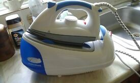 Murphy Richards steam iron in excellent condition.