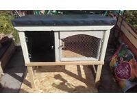 rabbit hutch or ginea pig brand new just finnished making today joiner made