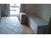 EXCELLENT TWIN ROOM IN ST JOHNS WOOD. IDEAL TO SHARE. NEXT ABBEY RD STUDIOS.//27P