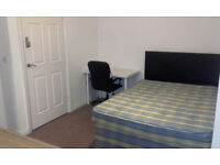 West Bromwich, double ensuite 450, cpls ok, all bills incl clean and internet incl, no couples