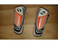 Football shin pads