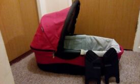 X-Lander carrycot and adapters (with little original mattress)