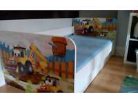 Juniot/toddler bed