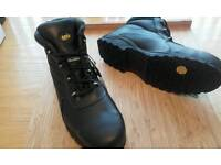 Toes Tector (safety) boots