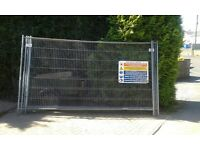 6 Heras fencing panels