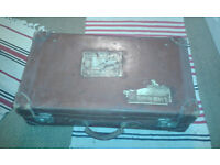 Vintage 1930's Gentlemens Leather Suitcase Rare Travel Case HMK With Keys.