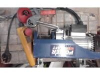 240V Electric hoist with wired remote control
