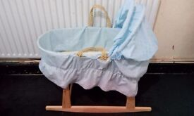 baby mosses basket with stand, matrees a\nd cover light blue