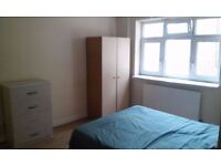 LOVELY DOUBLE ROOM close to TOWER HILL STATION