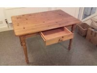 Pine kitchen table, solid. 120 cm x 80 cm