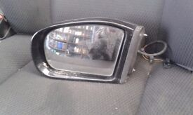 LEFT WING MIRROR MERCEDES-BENZ C CLASS SPORTS COUPE 2003 1.8PETROL(automatic)