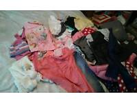 Girls 4-5 yrs large bundle of clothes