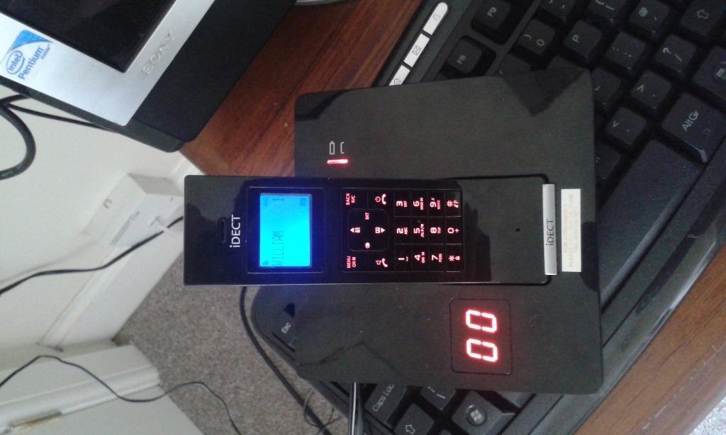 telephone answer machine