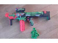 Nerf Vortex Nitron gun with spare discs