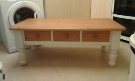Vintage Farmhouse Solid Pine Shabby Chic Coffee Table with 3 Drawers !!PRICE REDUCED!!