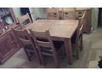 Solid Oak Dinning Table & 6 Chairs