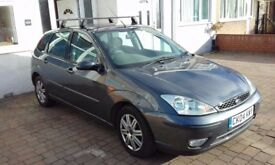 Ford Focus Ghia 2.0 Automatic 2004 dark grey 90 000, good runner, very well maintained.