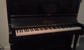 Piano Rushworth and Dreaper good condition