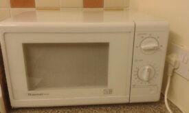 White Dansai 800W Microwave.
